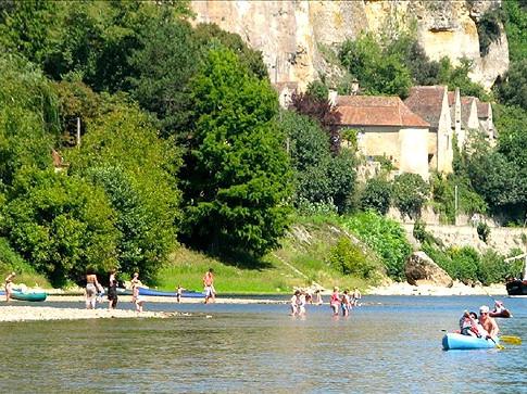 Petit Clos Dordogne river Beynac