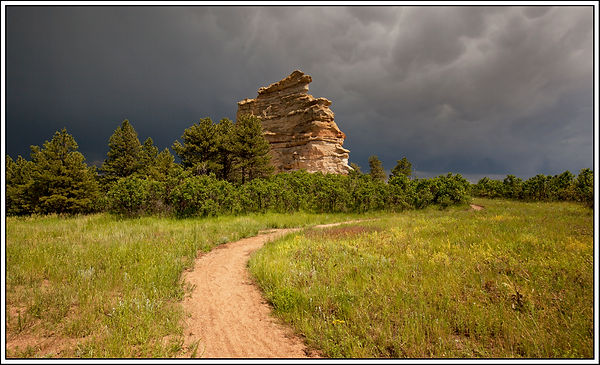 _stormy mon rock and path 6297___50x30 F