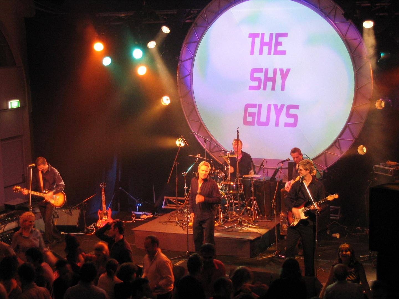 Shy guys luna park live.JPG