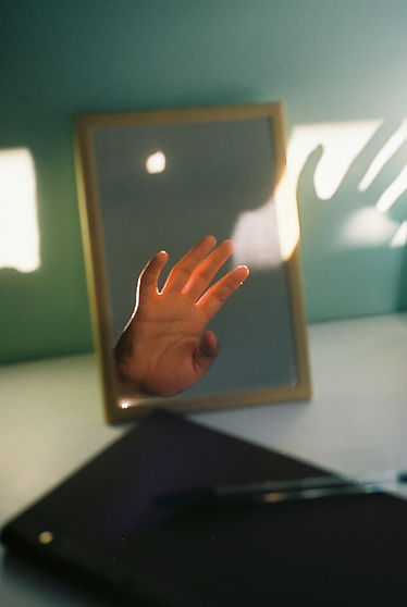 Instagram, hand, mirror, abstract, light, shadow, reflection, photosoc competition, warwick university