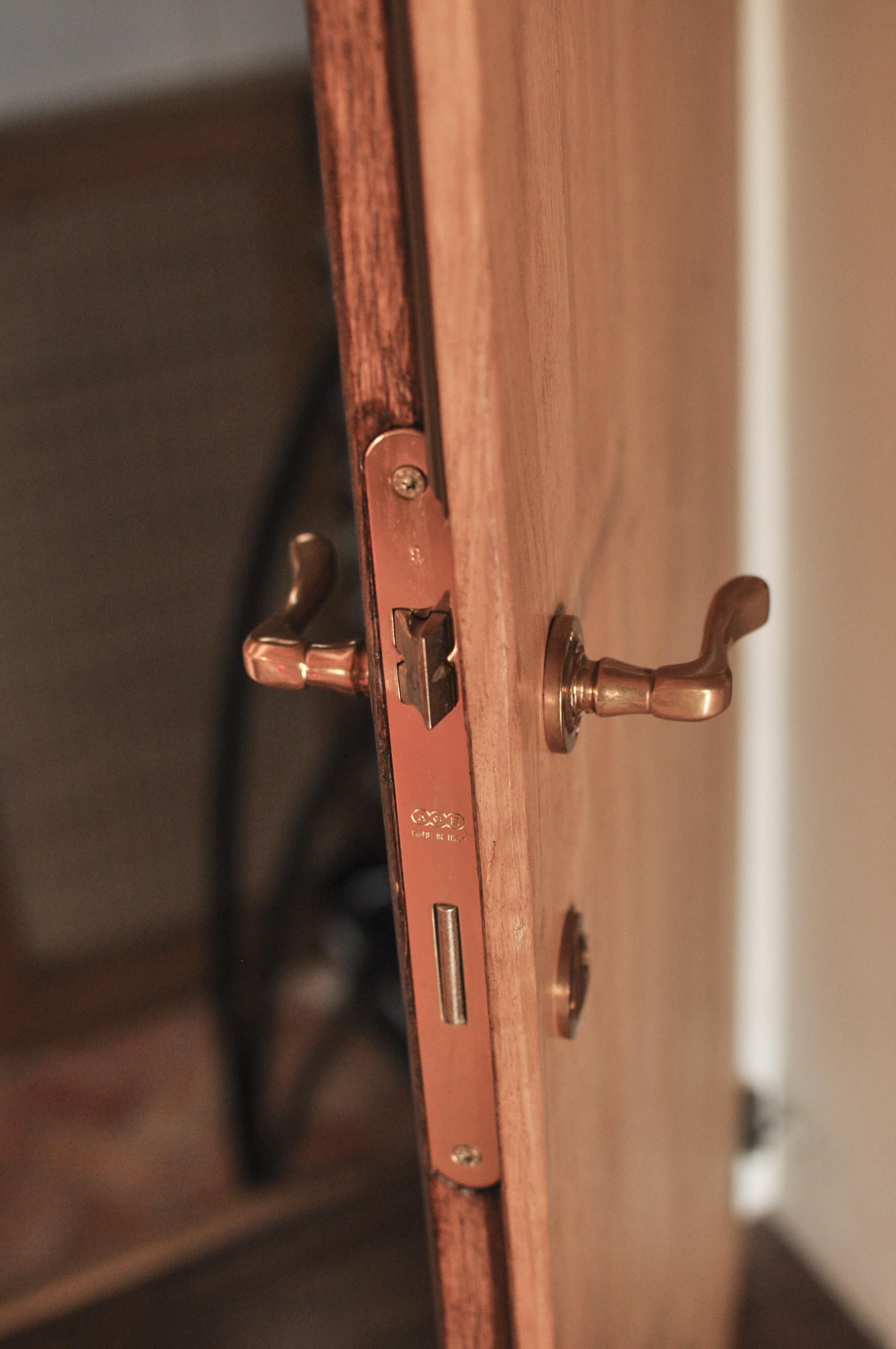 porta in castagno_dettaglio
