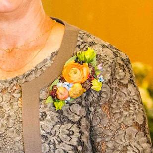 Contemporary corsage