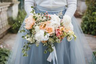 Peach and white garden-style bouquet