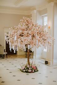 Bespoke blossom tree table plan