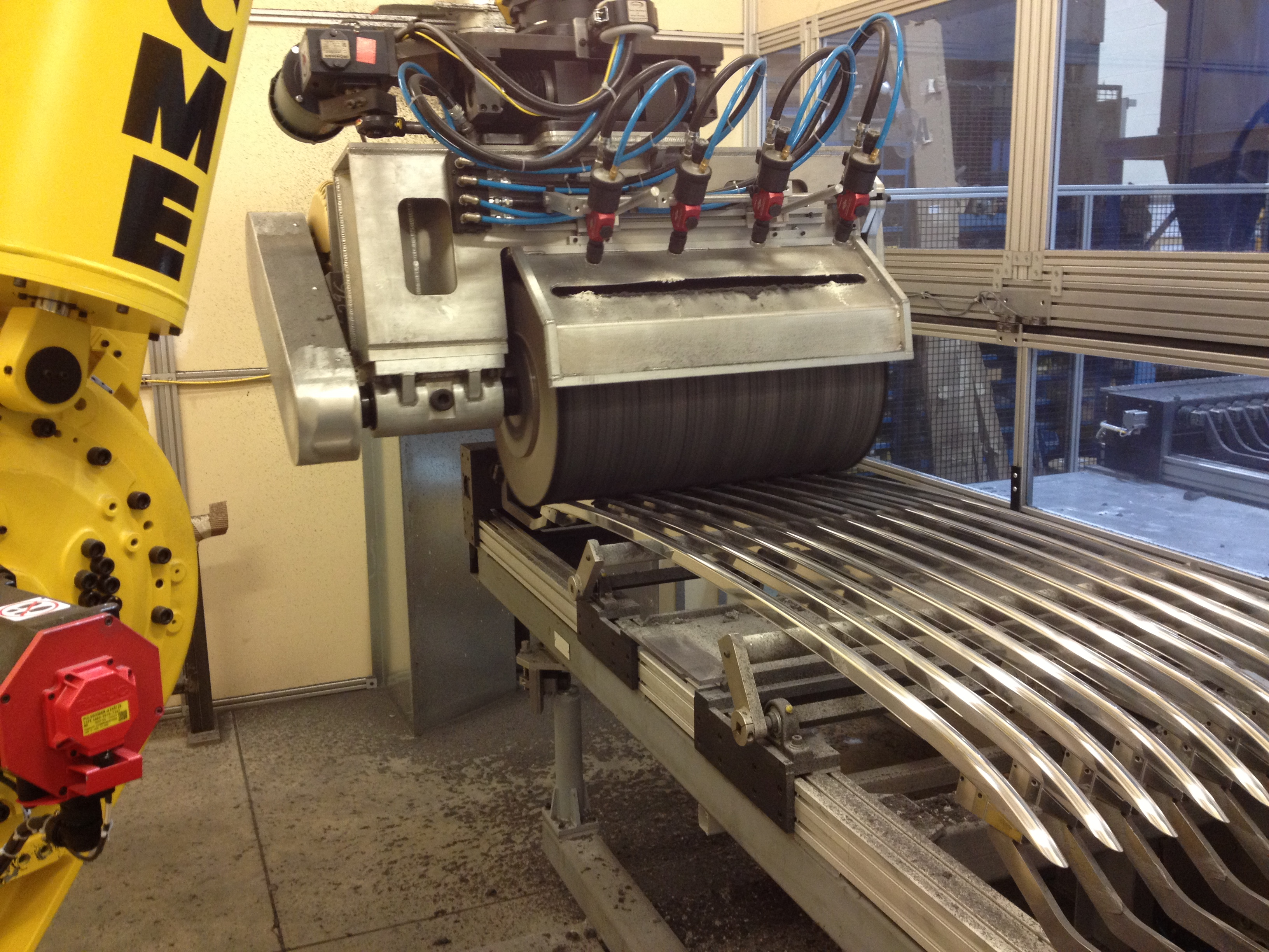 Robotic Buffing of Roof Rails