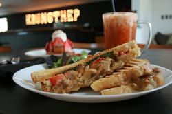 Signature Sandwich: Graprow Sandwich