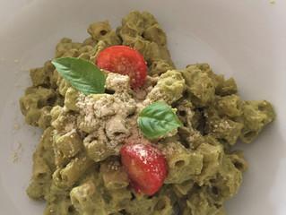 D -  Zucchetti-Pesto mit Parmesan