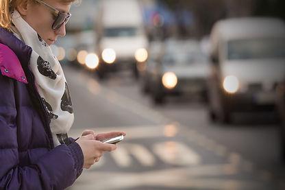 shutterstock_texting-walking.jpg