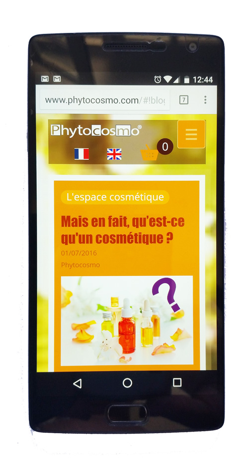 Site sur mobile Phytocosmo vue page accueil.