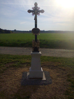 Opravený kříž Zálesí