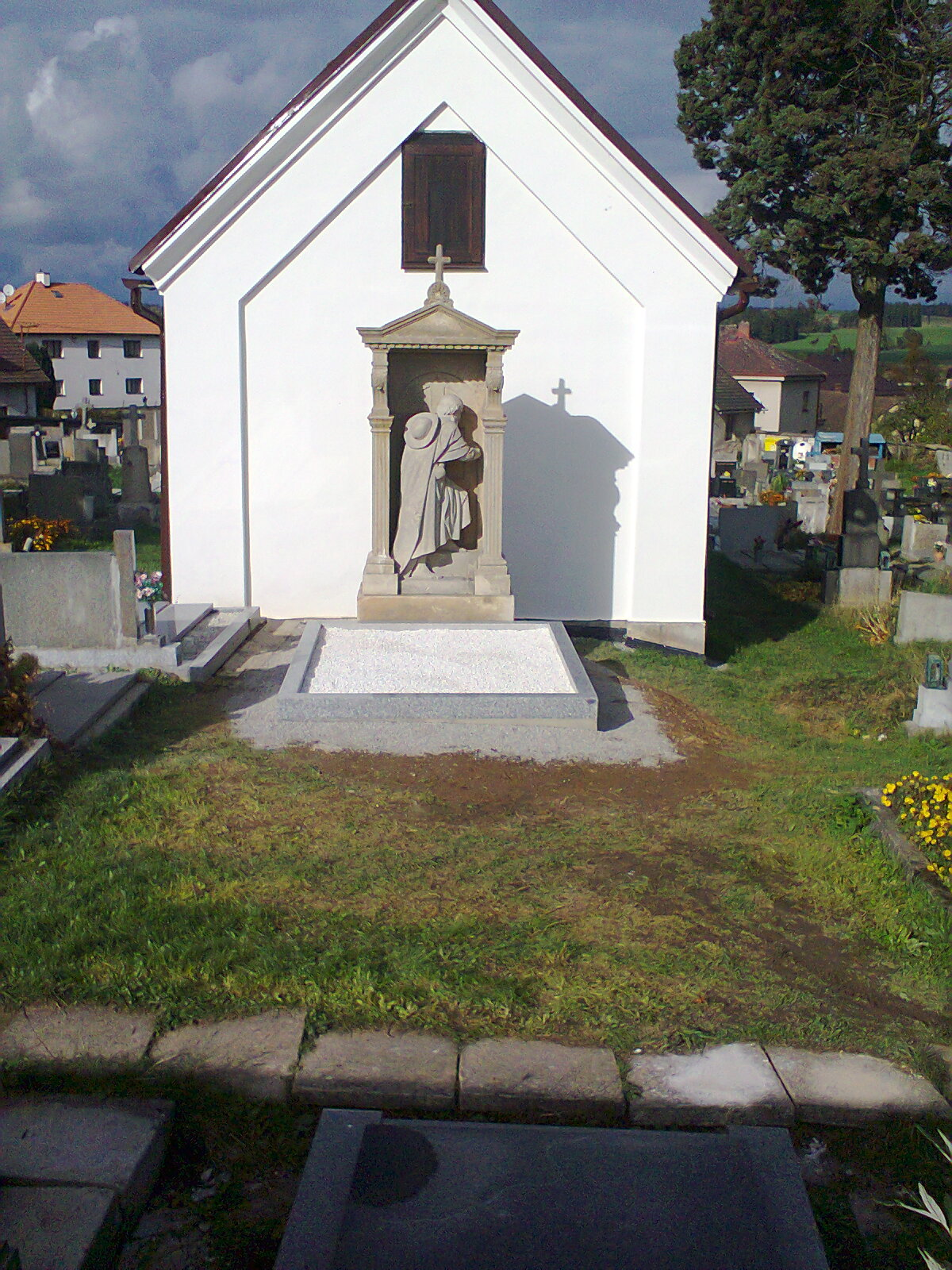 Nová hrobka