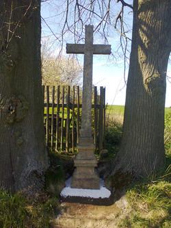 Oprava kříže obec Radostín