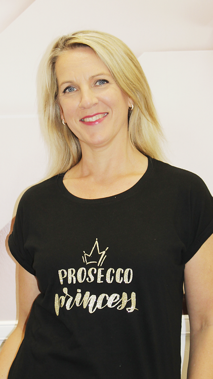 Be Famous Shirt Prosecco Queen