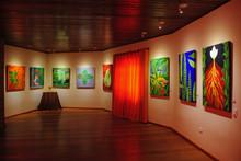 Exposição 'Ervas e seus Orixás' realiza encontro da arte e da ciência com a tradição afro-brasileira
