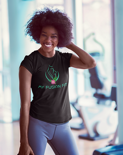 t-shirt-mockup-of-a-smiling-woman-at-the