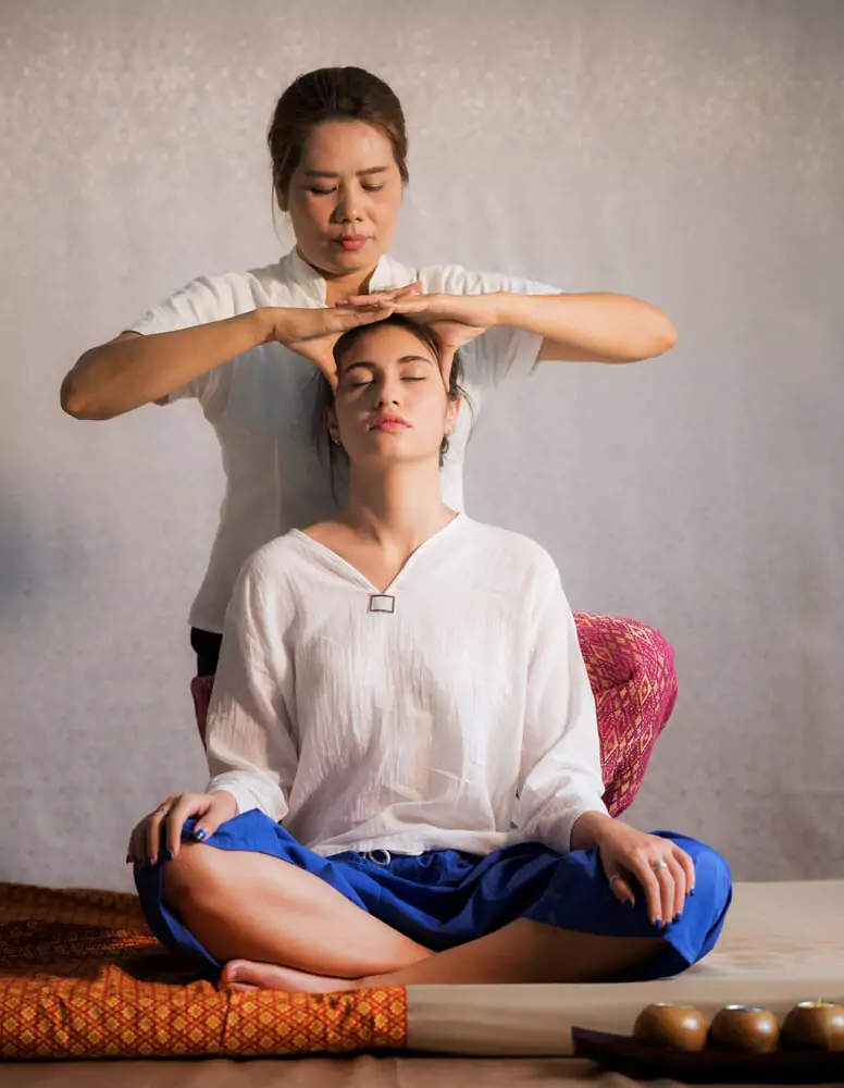 thai-traditional-massage.webp