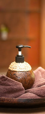 accessories-product-coconut-shell-vintag