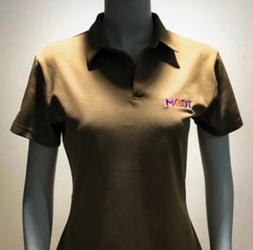 Wearsmaker แวร์ เมกเกอร์ ผู้ผลิตเสื้อผ้ายูนิฟอร์ม สำหรับทุกบริษัทและทุกองค์กร ยินดีให้บริการตั้งแต่บริษัทหรือองค์กรธุรกิจทั้งเอกชนและภาครัฐ รวมไปถึง Sme ขนาดเล็กจนไปถึงขนาดใหญ่ และรวมถึงระดับโรงงานอุตสาหกรรมและบริษัทขนาดใหญ่ เราให้ความสำคัญ พร้อมกับการเอาใจใส่ในคุณภาพของงานผลิต และพร้อมจัดส่งถึงลูกค้าตรงต่อเวลา สามารถรับงานผลิตด่วนพิเศษให้กับลูกค้าที่มีระยะเวลาจำกัดในการใช้งาน เช่นงานแสดงสินค้า งานอีเว้นท์ต่างๆ และที่สำคัญเราสามารถผลิตขั้นต่ำให้คุณได้ ไม่ว่าจะเป็นงานเสื้อโปโล, เสื้อเชิ๊ต, ยูนิฟอร์มโรงงาน, เสื้อช็อป, ยูนิฟอร์มโรงแรม, ยูนิฟอร์มโรงพยาบาล คลีนิคขนาดเล็ก หรือศูนย์ทางการแพทย์