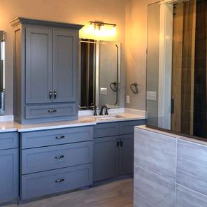 alverstone-master-bath-by-Savannah-Pines.jpg