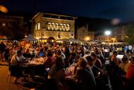 marché nocturne place vival, Figeac