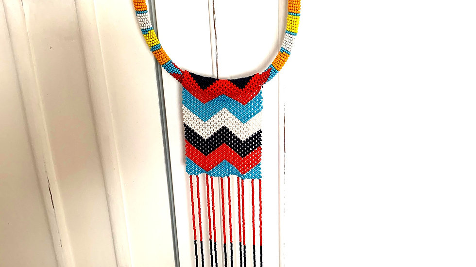 Necklace with Maasai crochet pattern red/blue