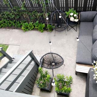 explore courtyard garden...