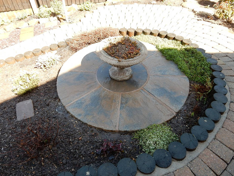 Clean Patio Feature