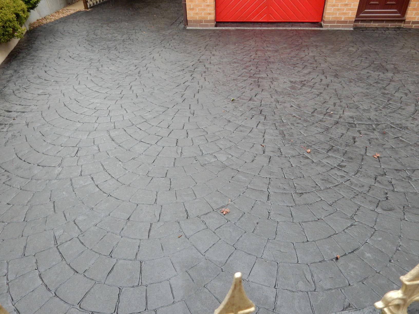 Patterned Concrete After Re-Tint and Seal