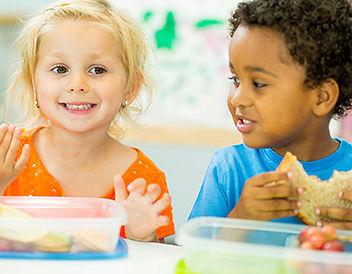 children-at-lunch-time-600x300.jpg