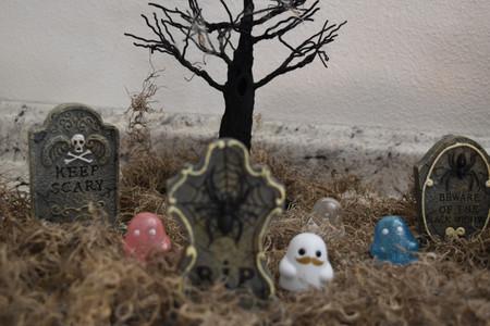 Tiny Ghosts via TheVIParolaz