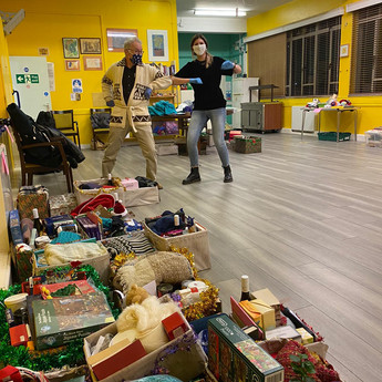 FESTIVE HAMPERS BRING CHEER TO OUR COMMUNITY