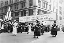 womens-suffrage-gettyimages-515578720.jp