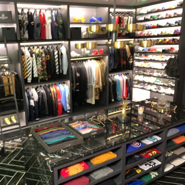 closet 10.JPG