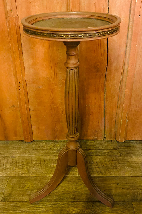 Woven Top/Metal Trim Plant Stand (m114)