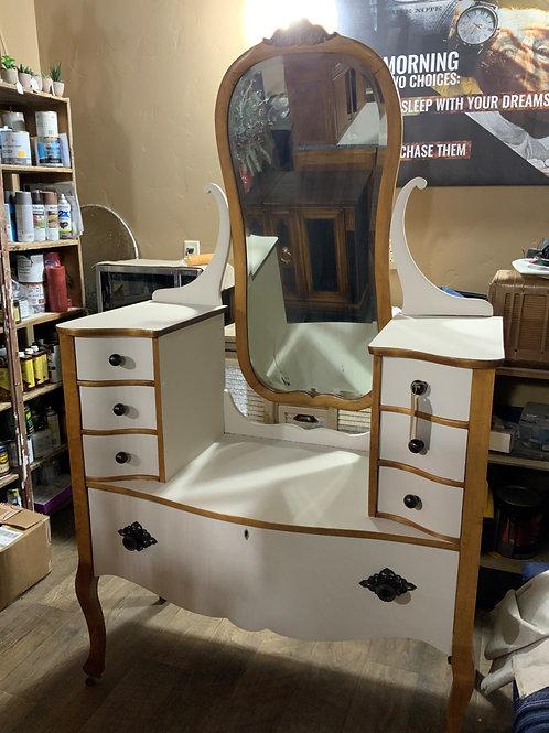 Jean Harlow Birds-Eye Maple Vanity with Mirror (v104)