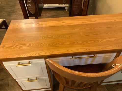 Oak Writing Desk (D-113)