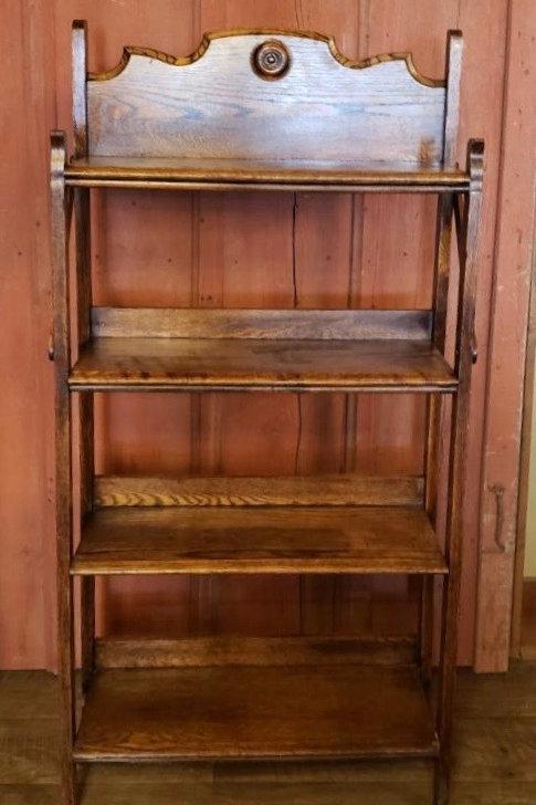 Oak Shelf Stand (m126)