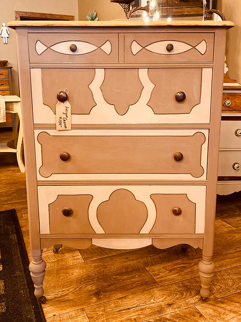 Antique Dresser, 3-Color Brown Design (cd101)