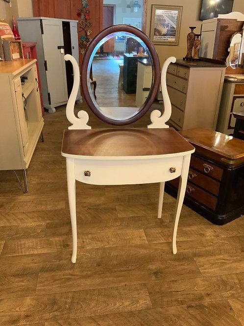 Vanity Sleigh Furniture  V-107