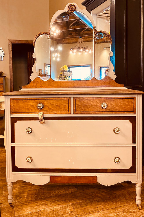 Antique Walnut Vanity with Burled Accents and Mirror (v102)