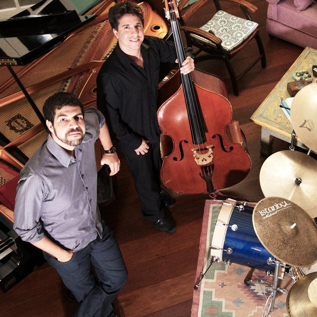 André Mehmari Trio.jpg