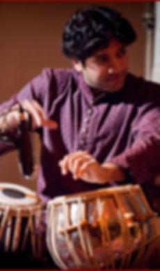 Nitin-Mitta-at-Music-Room-Feb-26-2011-ph