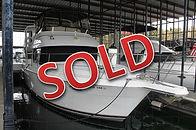 98 Carver 355 1998 Regal 402 Used Boat L