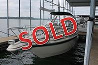 95 Monterey 276 1998 Regal 402 Used Boat