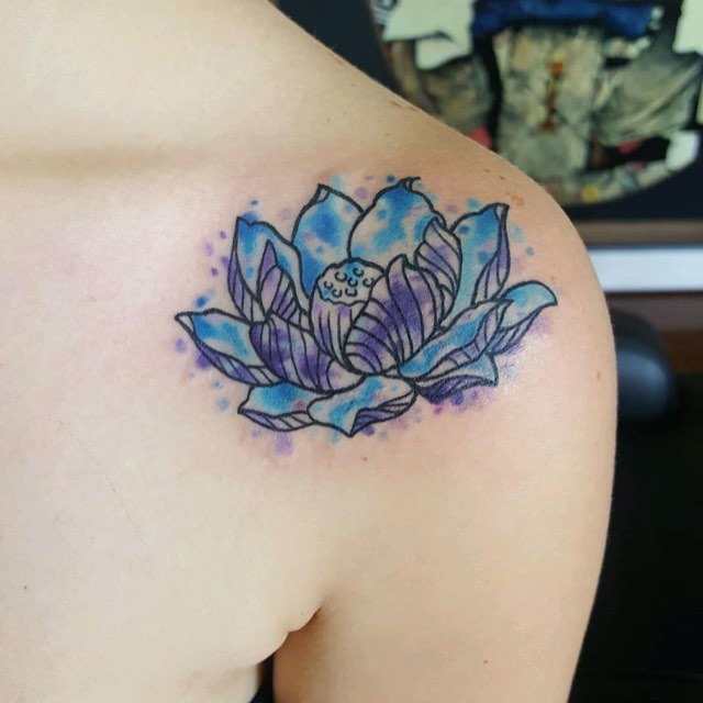 Watercolor lotus! _eternalink _stencilstuff _mainstreetstudiotattoo #watercolor #watercolortattoo #c