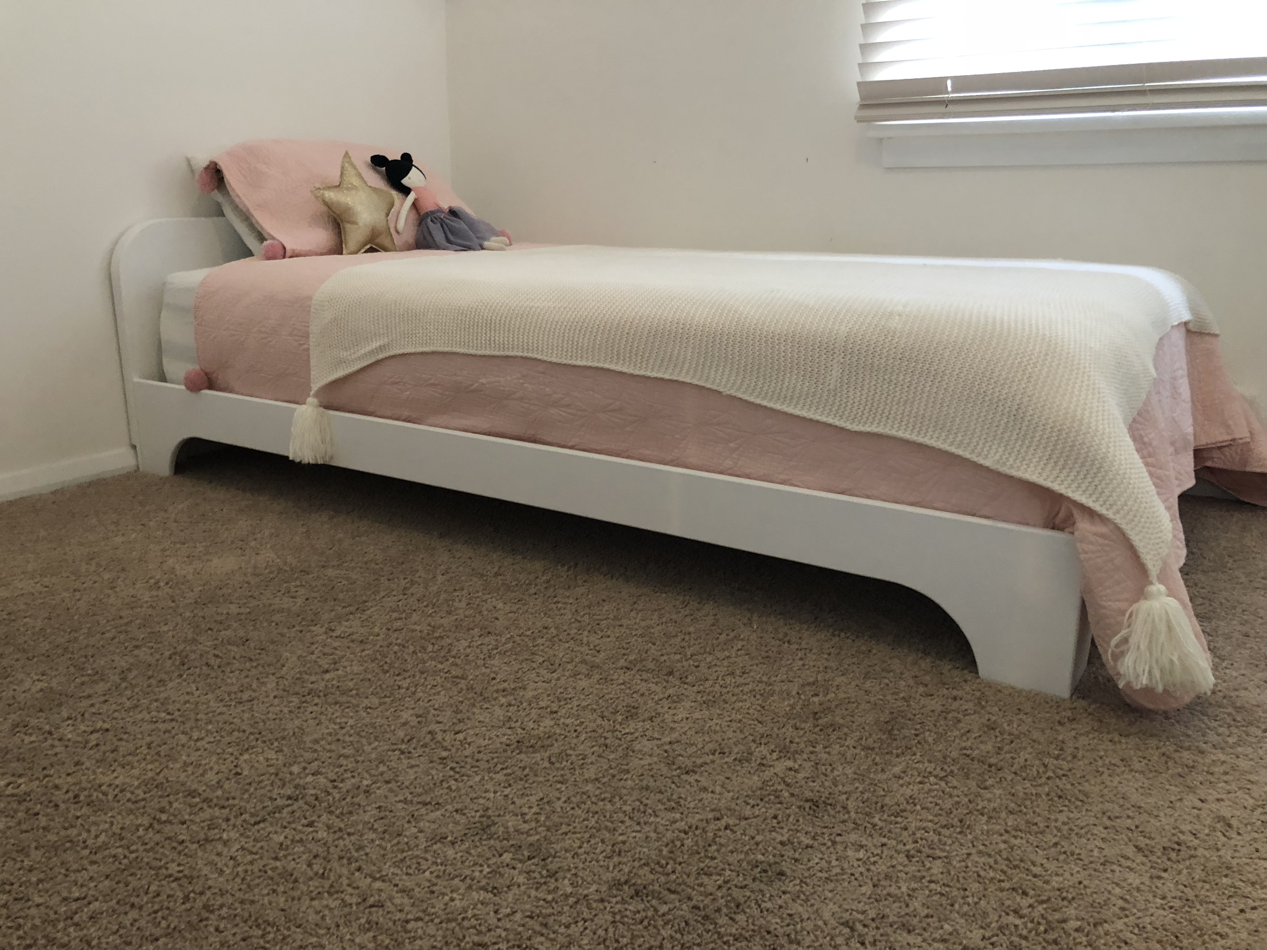 """The """"Prodigy"""" Bed frame (White)"""