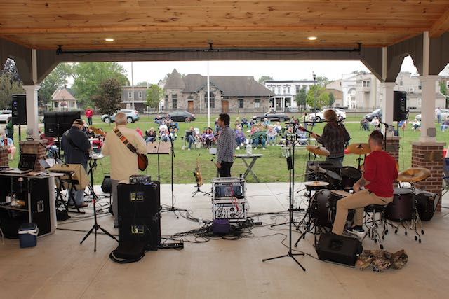 "Music in the Park/Farmers Market ""Theoretical Band"""