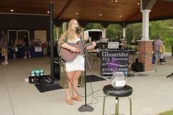Music in the Park / Farmers Market - Lauren Morse