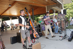 Music in the Park / Farmers Market