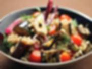 Kycklingsallad_med_grillad_aubergine,_so